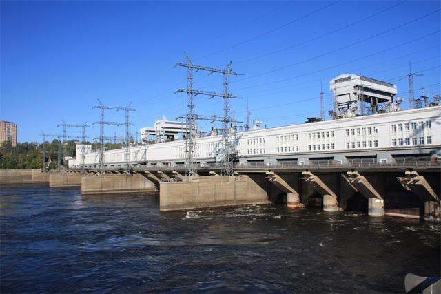 Плотина Камской ГЭС, Пермь