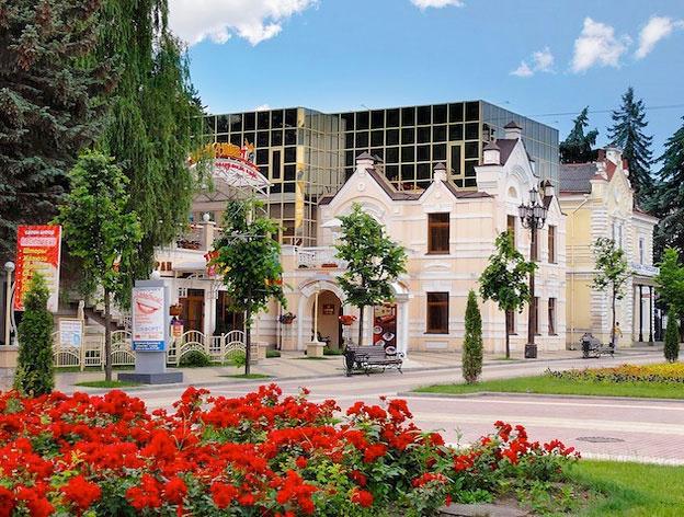 Гостинично-ресторанный комплекс «Корона», Кисловодск