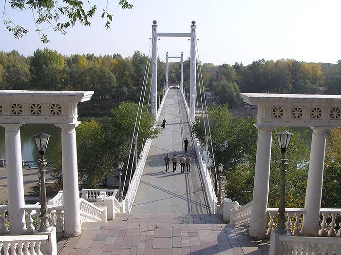 Пешеходный мост через Урал, Оренбург