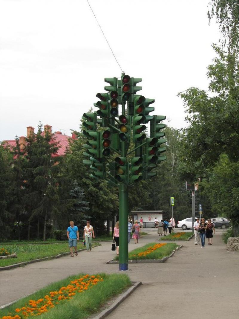 Светофорное дерево, Пенза