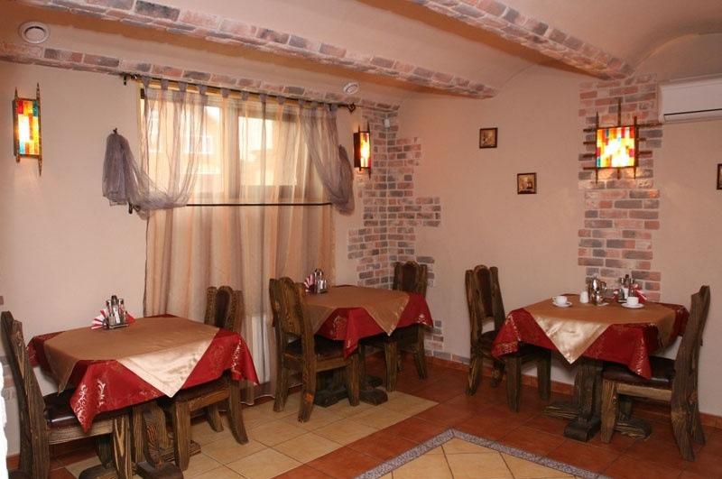 Отель «Екатеринин двор», Сургут