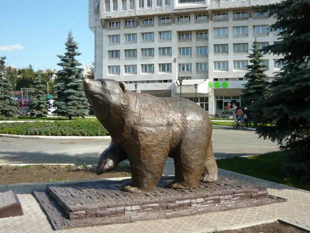 Пермский медведь из бронзы