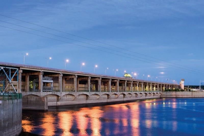Нижнекамская ГЭС, Набережные Челны
