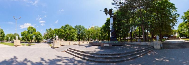 Памятник «Летят журавли», Кисловодск