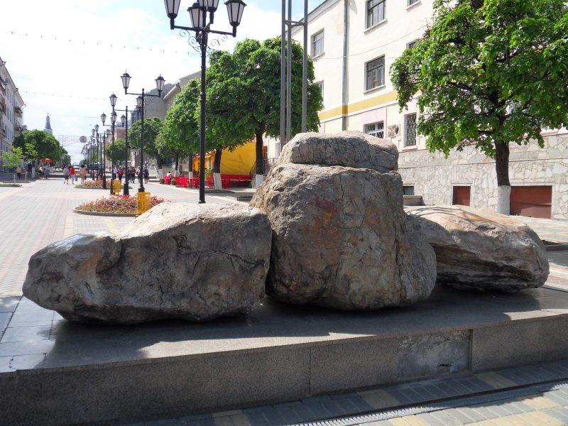 Камень Таганаит, Чебоксары