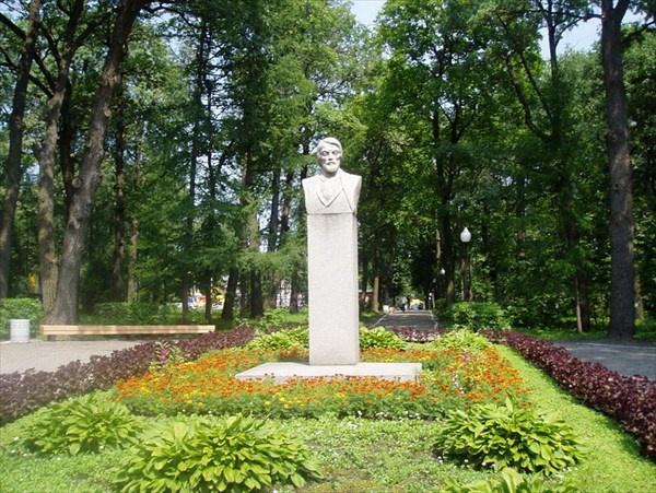 Памятник В.Г.Белинскому, Пенза