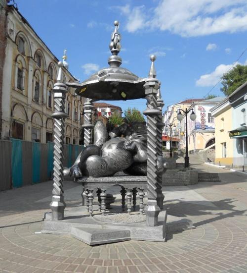 Памятник коту, Казань