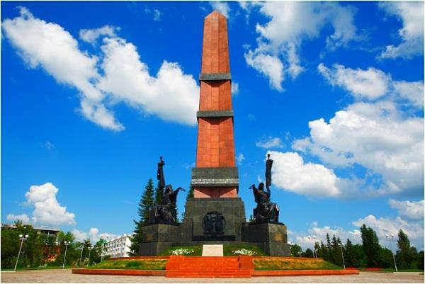 Монумент дружбы башкирского и русского народов, Уфа