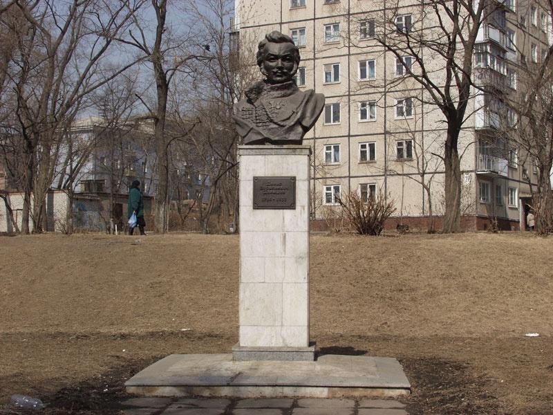 Памятник Денису Давыдову, Пенза
